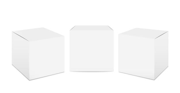 Makieta sześcianu. realistyczne opakowania z białego kartonu, izolowane opakowania papierowe 3d. wektor opakowań kosmetycznych i spożywczych do pakowania w transporcie na białym tle