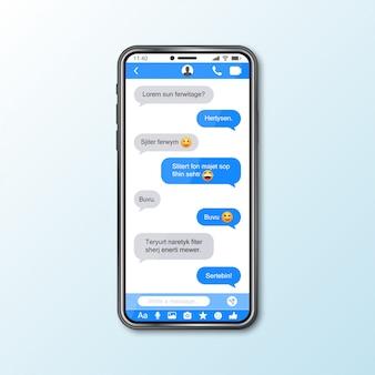 Makieta ze smartfonem z oknem komunikatora dla mediów społecznościowych