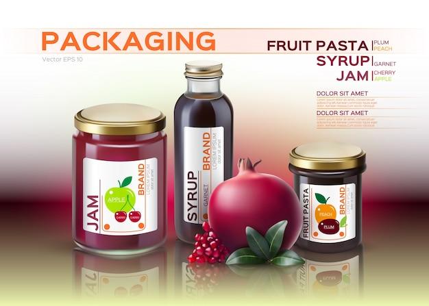 Makiety z makaronu owocowego, konfitur i butelek z syropem