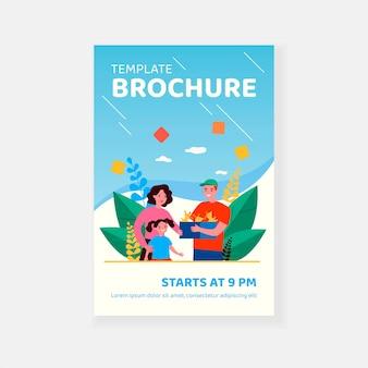 Mała dziewczynka podziwiając szablon broszury szczenięta