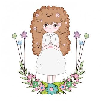 Mała dziewczynka z wiankiem kwitnie communion świętowanie