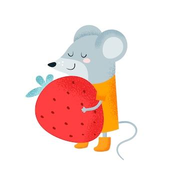 Mała szczęśliwa mysz z dużą czerwoną truskawką