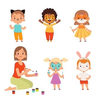 Malowanie twarzy. makijaż dla dzieci śmieszne zwierzęta kreskówki chłopcy i dziewczęta nauczyciel rysujący na twarzy postaci. ilustracja kreskówka makijaż twarzy, ludzie dzieci w masce zwierzęcej