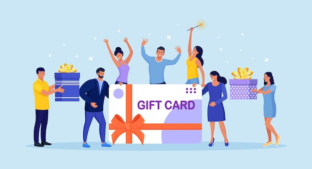 Malutkich wesołych ludzi z dużą kartą podarunkową. klient zadowolony z karty rabatowej, kuponu, vouchera, certyfikatu. zbieraj punkty programu lojalnościowego i otrzymuj nagrody online, prezenty lub bonusy