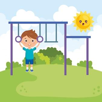 Mały chłopiec w parku znaków
