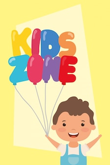 Mały chłopiec z balonami strefowymi dla dzieci hel