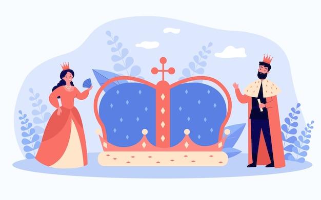 Mały król i królowa w pobliżu wielkiej korony na białym tle płaskiej ilustracji wektorowych