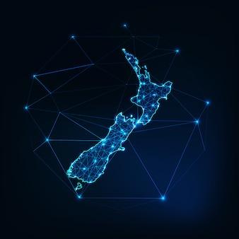 Mapa nowej zelandii świecący zarys sylwetki wykonany z linii gwiazd kropki trójkąty, niskie kształty wielokąta.