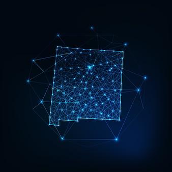 Mapa stanu nowy meksyk usa świecące zarys sylwetki wykonane z gwiazd linie kropki trójkąty, niskie wielokątne kształty. komunikacja, koncepcja technologii internetowych. futurystyczny model szkieletowy