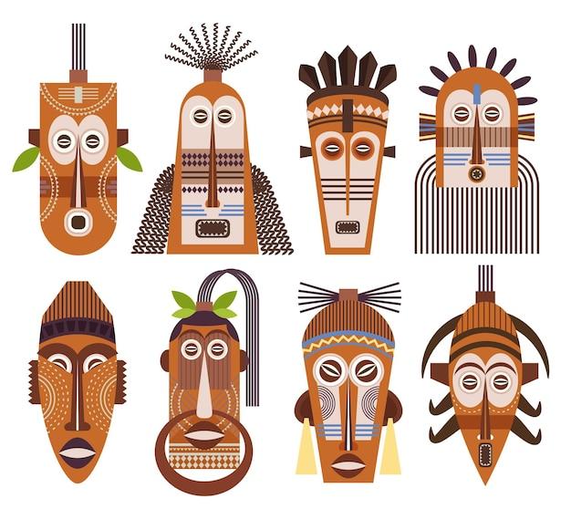Maski plemienne ustawione na białym tle
