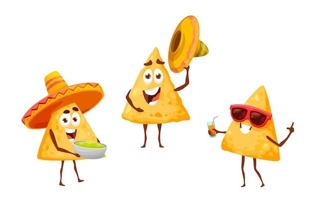 Meksykańskie chipsy nachos na fiestę rekreacyjną w sombrero