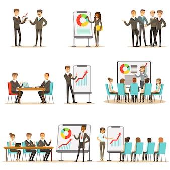 Menedżerowie i pracownicy biurowi na szkoleniu biznesowym, rozwijaniu umiejętności marketingowych i zarządzania przedsiębiorstwem oraz wiedzy