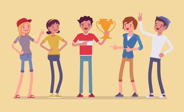Męski zwycięzca i wspierający przyjaciele. chłopak świętujący zwycięstwo, szczęśliwy ze złotej nagrody, pierwszej nagrody za wybitne osiągnięcia w konkursie. ilustracja kreskówka styl