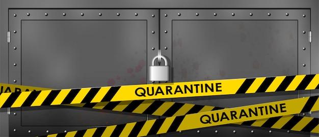 Metalowe drzwi są zamknięte. żółty z czarną linią policji. nie wchodź, niebezpieczeństwo. taśmy kwarantanny bezpieczeństwa.