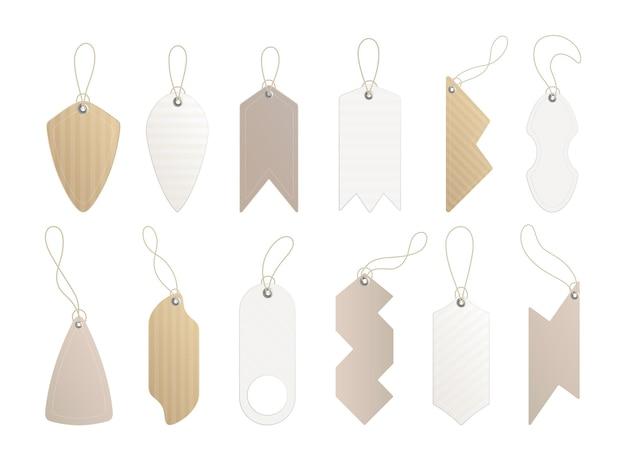 Metki cenowe. zestaw etykiet ze sznurkiem. ceny papierowe lub metki prezentowe w różnych kształtach.