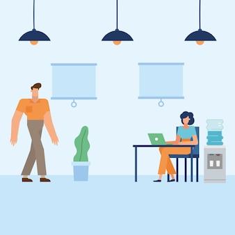 Mężczyzna i kobieta z laptopem przy biurku w biurze projektowania, siły roboczej obiektów biznesowych i motyw korporacyjny