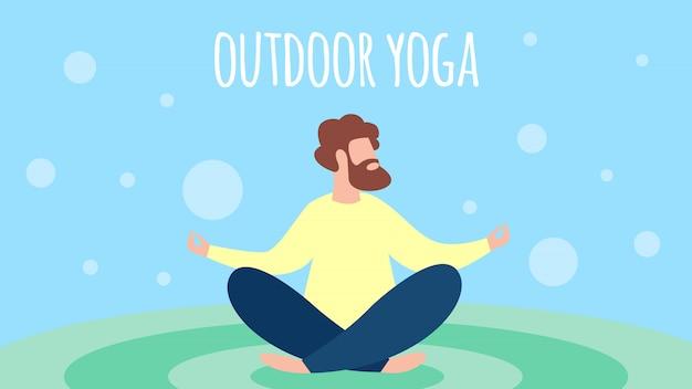 Mężczyzna medytuje plenerowego joga w lotus pozie