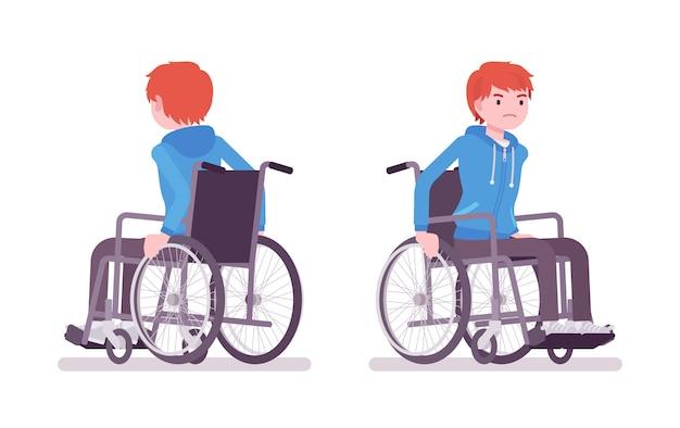 Mężczyzna młody użytkownik wózka inwalidzkiego poruszający ręczny krzesło