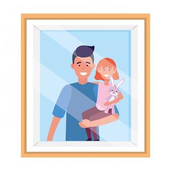 Mężczyzna niesie dziecko ramkę na zdjęcia
