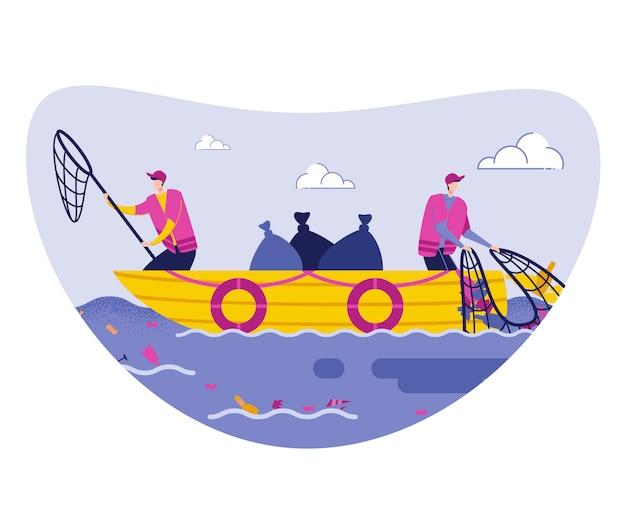 Mężczyzna ochotników zbieranie śmieci z morza na łodzi.