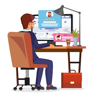 Mężczyzna pisze referencje klientów w internetowym sklepie internetowym