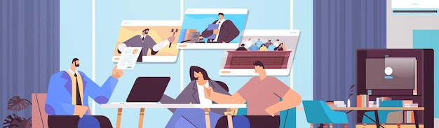 Mężczyzna prawnik lub sędzia konsultacja rozmowa z klientami podczas spotkania obsługa prawno-prawna koncepcja konsultacji online nowoczesne wnętrze biurowe portret poziomy