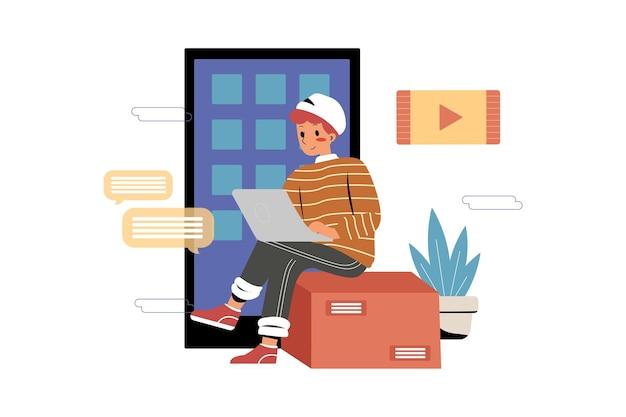 Mężczyzna programuje na swoim laptopie w biurze współpracującym it