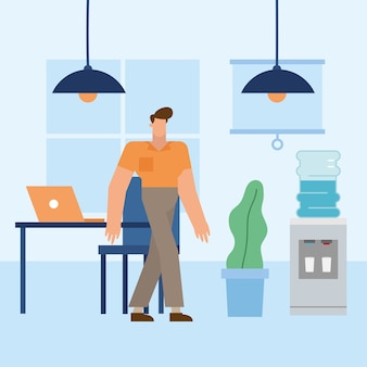 Mężczyzna przed biurkiem w projektowaniu biura, siły roboczej obiektów biznesowych i motyw korporacyjny