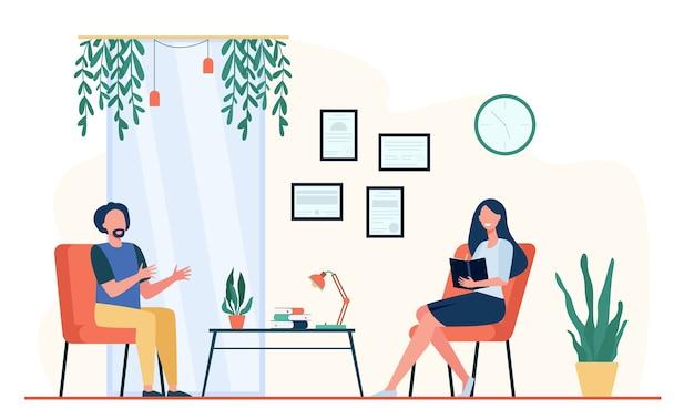 Mężczyzna rozmawia z terapeutą w jej biurze. pacjent siedzi w fotelu i mówi pozytywnie, lekarz robi notatki. ilustracja wektorowa do poradnictwa psychologicznego, koncepcja psychoterapii