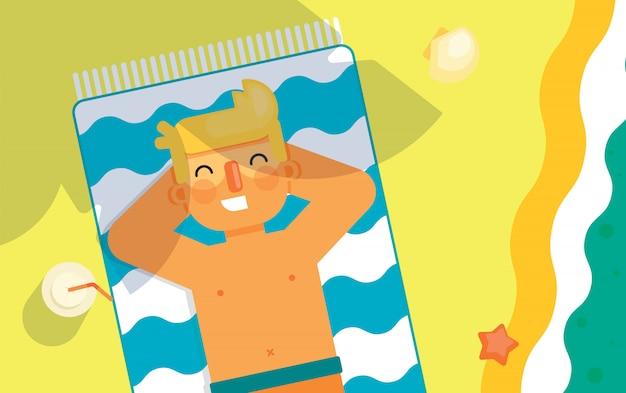 Mężczyzna sunbathes na plaży pod słońcem.