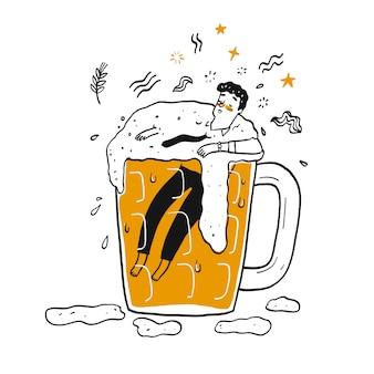 Mężczyzna w szklance piwa.