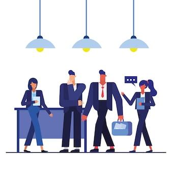Mężczyźni i kobiety z walizką w projektowaniu biura, pracownicy obiektów biznesowych i motyw korporacyjny