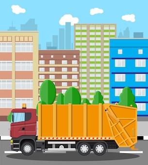 Miejski gród z śmieciarką
