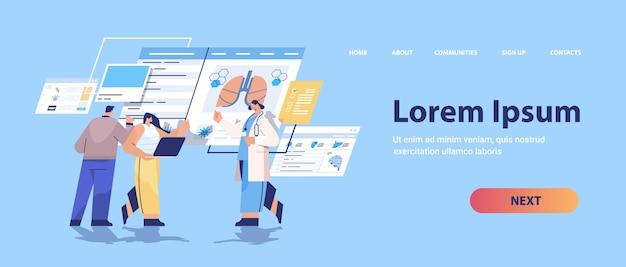 Mieszać zespół lekarzy wyścigowych uczący się narządów pacjenta analizujący dane medyczne na wirtualnej tablicy medycyna opieka zdrowotna