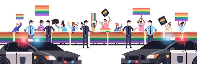 Mieszaj ludzi rasy w maskach z plakatami lgbt na lesbijskim festiwalu dumy gejowskiej transpłciowa miłość koncepcja społeczności lgbt