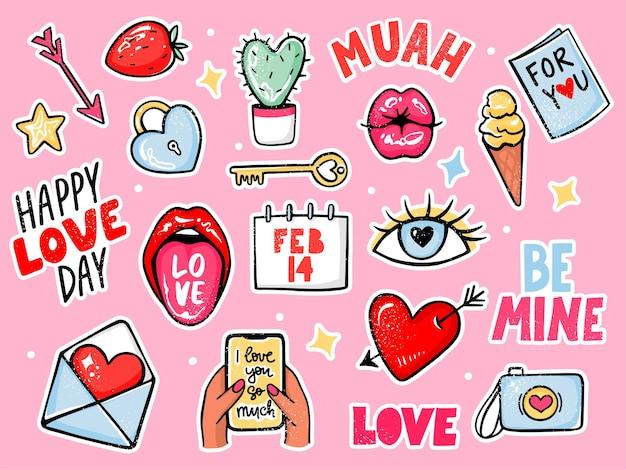 Miłość naklejki ustawione na walentynki. kreskówka romantyczne elementy, cytaty z napisami, usta, aparat, strzałka, pocałunek, serce. ręcznie rysowane kolorowe obiekty do planowania, kartki z życzeniami, naszywki, szpilki.