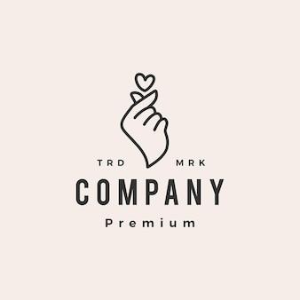 Miłość palec serce koreański gest hipster rocznika logo szablon