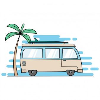 Mini bus jedzie na plażę z palmą kokosową i deską surfingową, używając płaskiej konstrukcji