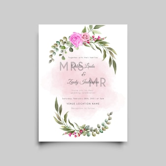 Minimalistyczny szablon karty ślubu z pięknym kwiatowym wzorem