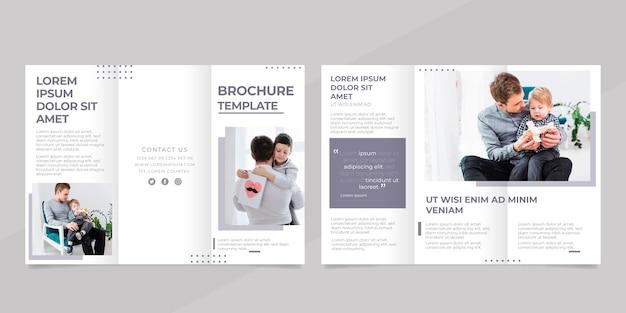 Minimalny szablon broszury trifold