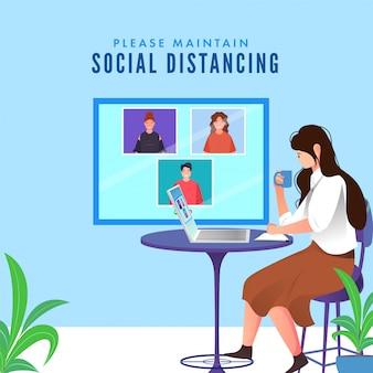 Młoda dziewczyna ma wideokonferencję w laptopie z piciem kawy lub herbaty przy biurku w celu zachowania dystansu społecznego.