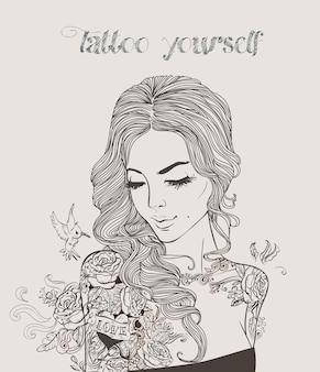 Młoda piękna kobieta z tatuażem. ilustracja wektorowa