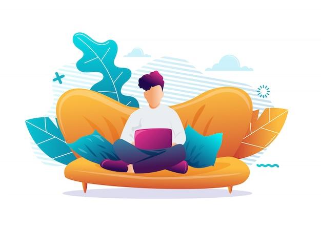 Młody człowiek siedzi z laptopem na kanapie w domu. praca na komputerze. freelance, edukacja online lub koncepcja mediów społecznościowych. ilustracja na białym tle
