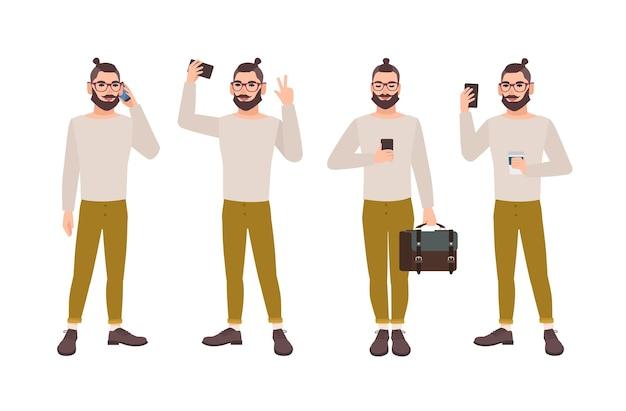 Młody człowiek ubrany w stylowe ubrania ze smartfonem w różnych pozycjach
