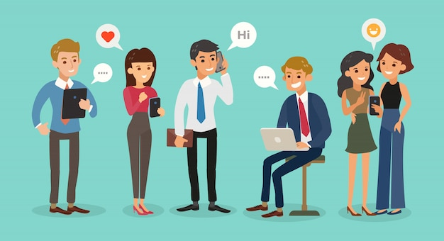 Młodzi ludzie biznesu korzystający ze smartfonów, pracujący, rozmawiający, wysyłający wiadomości sms. odosobneni biznesowi mężczyzna i kobiety znaki opowiada i pisać na maszynie na telefonie. ilustracja kreskówka płaski.