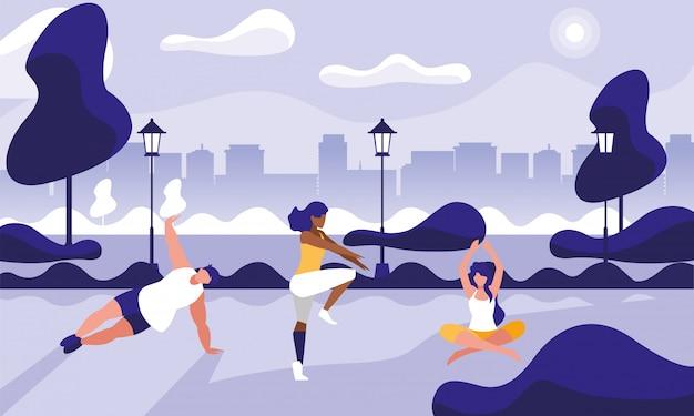 Młodzi ludzie praktykujący siłownię na świeżym powietrzu