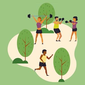 Młodzi ludzie trenują sport w parku