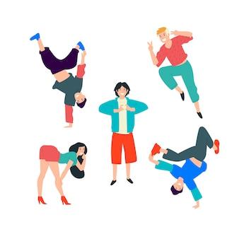 Młodzi tańczący ludzie. młodzi ludzie bawią się i robią wszystko, co w ich mocy.