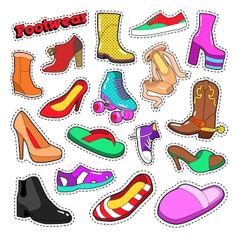 Moda damska buty i buty zestaw naklejek, naszywek. doodle wektor