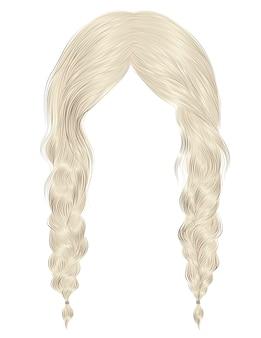 Modne kobiety włosy na białym tle